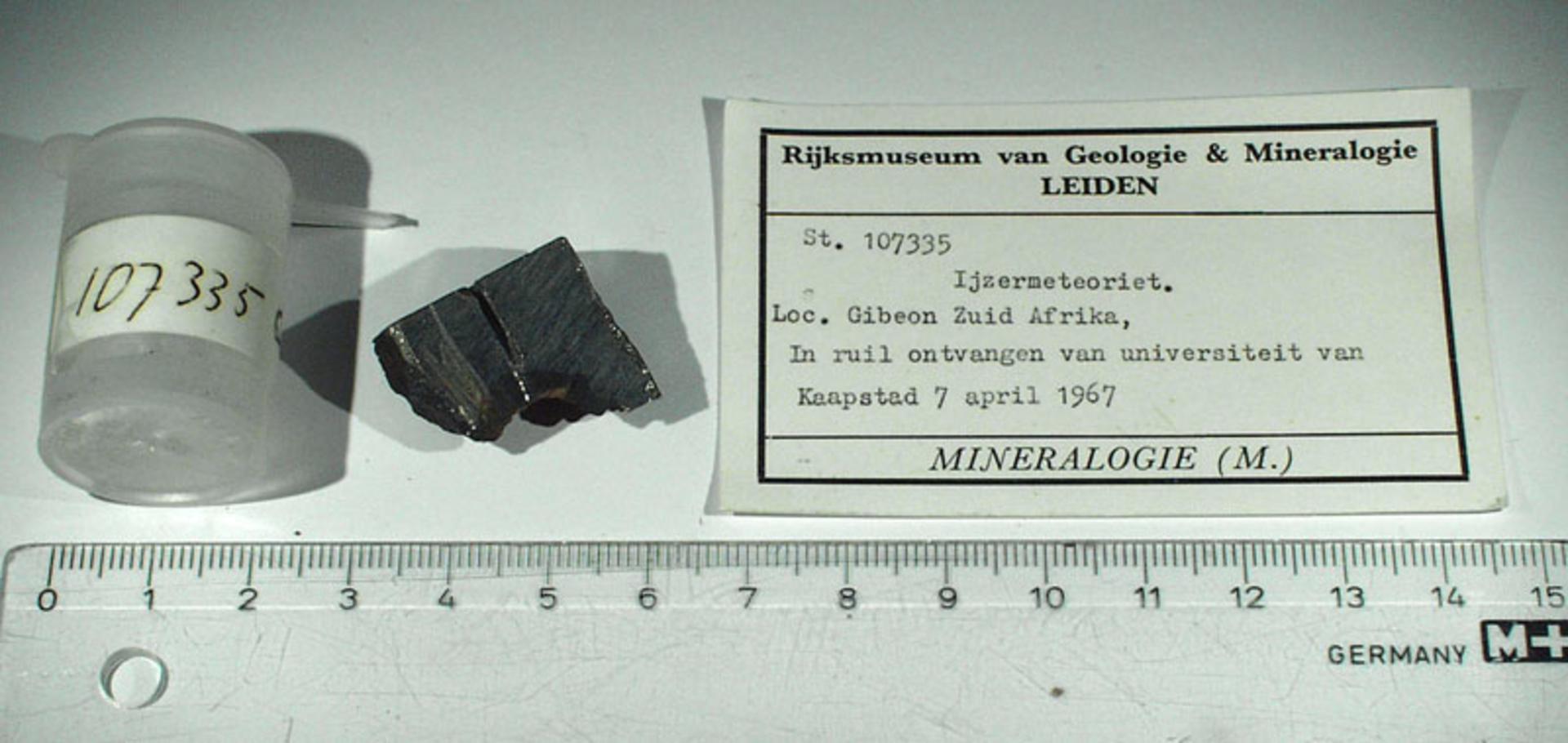 RGM.107335 | Iron, IVA