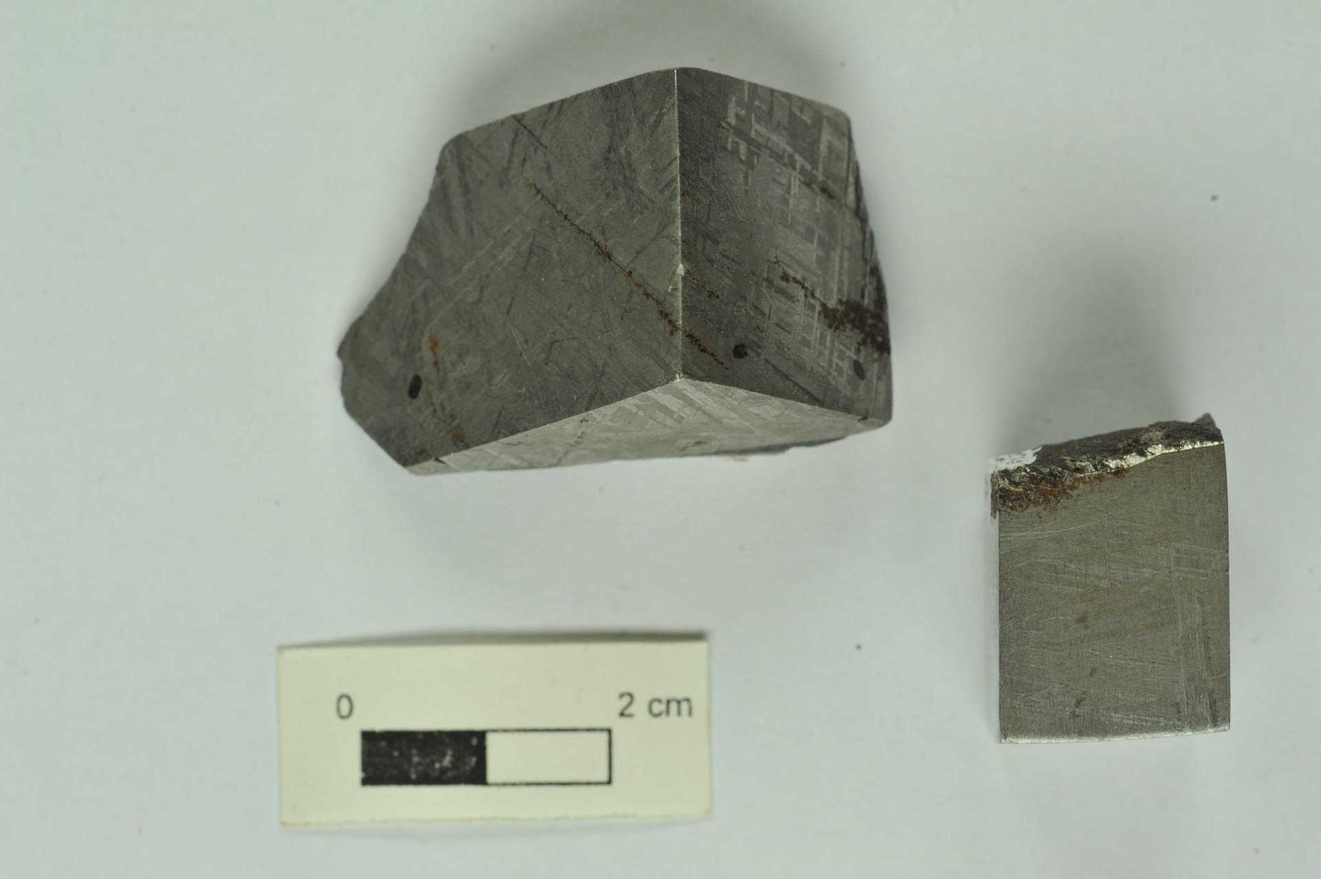 RGM.1339746   Iron, IVA